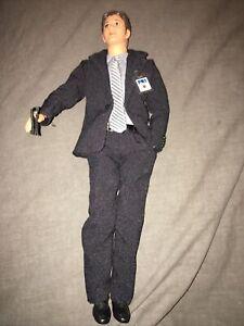 Mattel Barbie Ken as Agent Fox Mulder 1998 X Files Original Suit Articulation