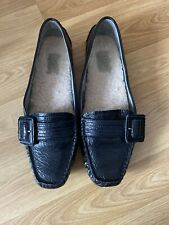 UGG AUTHENTIC LEATHER SHEEPSKIN MOCCASINS SLIPPERS SHOES BUCKLE DETAIL Sz UK 8.5