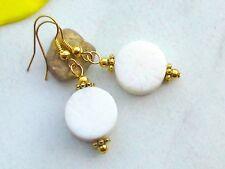 Weiße KORALLE Button Ohrringe Edelstein Schaumkoralle Ohrhänger vergoldet 15 mm