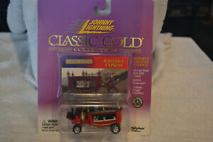 Johnny Lightning Classic Gold BOOTHILL EXPRESS Show Rod Car Red Diecast 1/64