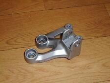 SUZUKI GSXR750 K6/K7 GSXR 750 OEM RIDERS FRONT LEFT FOOTREST HANGER 2006-2007