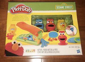 Sesame Street Play-Doh Shape 'n Play Friends Elmo Cookie Monster Elmo New