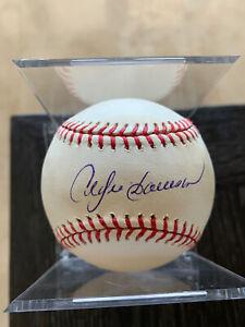 Andre Dawson SIGNED AUTOGRAPHED OMLB Baseball (MLB HOLO LH 953612)