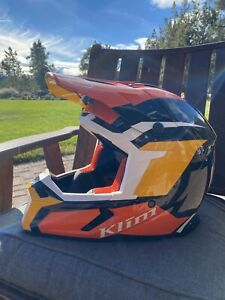 F5 KOROYD HELMET ECE/DOT - LARGE- great condition
