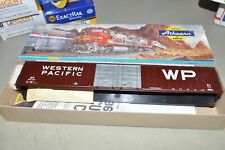HO scale Athearn Western Pacific RR 86' high cube auto parts box car train KIT
