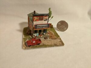 Z scale scratch built 1940s COUNTRY GROCERY DIORAMA - building, structure