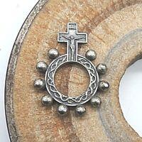 Alter Kreuz Anhänger Rosenkranzring silberfarben ca. 4,5 x 3 cm