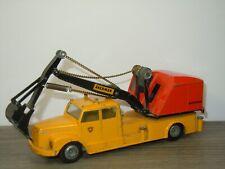 Scania 76 Vabis with Akerman Crane - Tekno 863 Denmark *42070