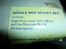 Essentials duvet cover set