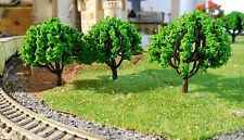 20 mittelgrüne Bäume, 50 mm hoch, H0 TT