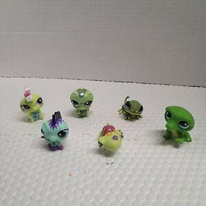 Littlest Pet Shop Lot 6 Pcs Random Figures LPS repitle and amphibian