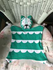 Kippins vert chat Tiger Couvre-lit Plaid Soft Toy ANNEAU DE DENTITION DOUDOU COT...