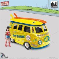 DC Comics Bus Playset 8 Inch Retro Teen Titans Exclusive Wondergirl figure
