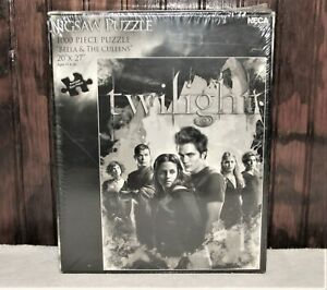 """TWILIGHT SAGA 20"""" X 27"""" BELLA and THE CULLENS 1000 PIECE PUZZLE UNOPENED"""