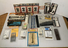 C207- Mixed HO Scale Lot