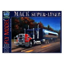 Gomix FLY 132 - Semi-trailer Truck Truck Mack Super liner with Tank trailer 1:25