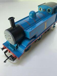 Hornby R351 OO Gauge Thomas & Friends Thomas 0-6-0 Loco Runs Well VGC (16)