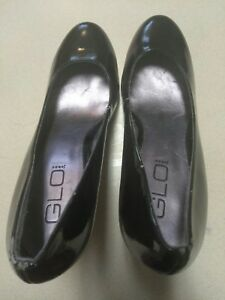 GLO patent leather look high heel shoes