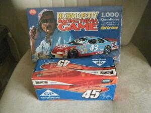 Richard Petty & Kyle Petty LOT 1:24 Brawny GP 2005 Dodge Charger LTD Trivia Game