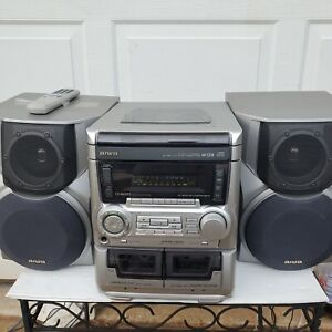 Aiwa CX-NA555U Stereo 3 CD Disc Changer Dual Cassette with Remote control. Works