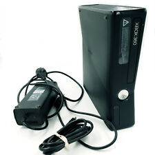 Console Xbox 360 S / Slim 4 go - Noir - Avec alimentation et cable HDMI