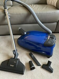 Miele S624 Parquet And Co Vacuum Cleaner