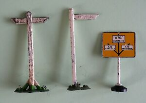 "Toy Metal road signs vintage finger post are 3""direction board is 2 1/4"" x 1 1/4"