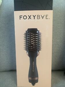 FoxyBae Blowout Dryer Brush Professional Salon Grade All-In-One Black/Rose Gold