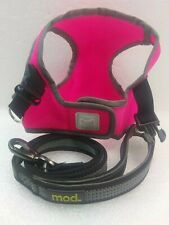 New listing Simply Wag ~Pink ~Dog Harness ~Size: Small ~And ~Mod ~Grey/Black ~4 Foot Leash