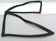FORD CORTINA MK2 GT 1300 1600E 2 DOOR COUPE 1/4 QUARTER REAR SIDE WINDOW RUBBER