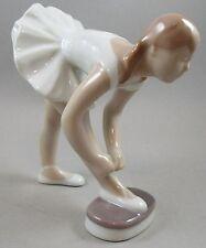 First Quality Bing & Grondahl Ballet Dancer / Ballerina # 2325
