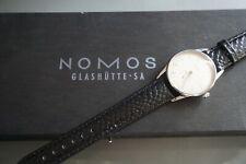 Nomos Glashütte Orion ! Elegante Armbanduhr Stahl Handaufzug Saphirglas Orig.Box