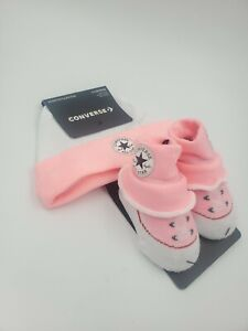 Converse Chuck Taylor Baby Girls Hat & Booties Gift Set, 0-6 Months, Pink L23 M