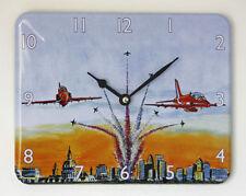 Nuevo flechas rojas Reloj de pared de 12 horas Pantalla