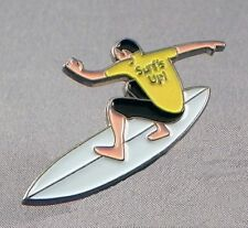 SURFER - PIN BADGE  - SURFING  SURF BOARD BOARDER WAVES    (NB-05)