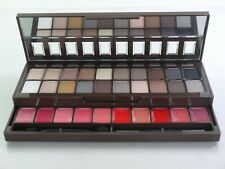 NYX Nude on Nude Eyeshadow and Lipstick Palette S119