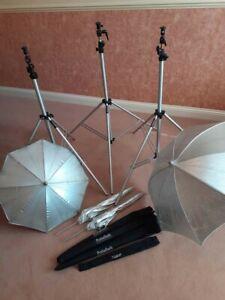 3x Portaflash Portable LS2S Studio Lighting stands. + Free extras