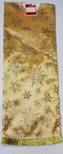 """Tree Skirt  48"""" Round Gold With Silver Snowflakes Holiday Time"""
