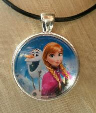 """ANNA & OLAF "" Disney's Frozen. Glass Pendant with Leather Necklace"