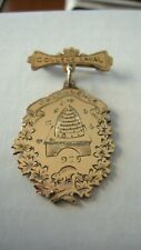 ANTIQUE 1929 GOLD PLATED BROOCH MEDAL COLLEGE LAVAL EXCELLENCE