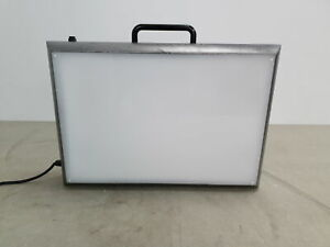 Vintage DW Viewbox Light Box Case Laboratory Film Vierver Illuminator