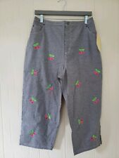 Quaker Factory Women's Gingham Capri Embroidered Cherries Elastic Waist X-Large