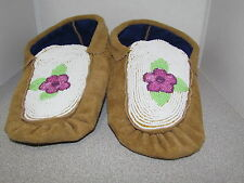 BEAUTIFUL AUTHENTIC NATIVE AMERICAN MOCCASINS WITH A FULL BEADED DESIGN 9 INCH