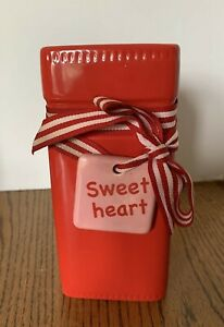 """FTD A Gift From FTD  Sweet Heart Red  7"""" Vase Decorative Collectable"""