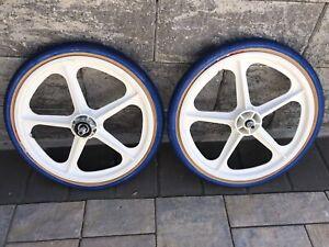 Skyway Tuff 2 Wheel Set 20-1.75 White With Blue Tires Fits Old School BMX Bikes