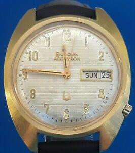 Mens Vintage Bulova Accutron CAL .218 Watch.FREE PRIORITY SHIPPING.