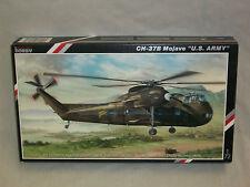 "Special Hobby 1/72 Scale CH-37B Mojave Helicopter Mojave ""U.S. Army"""