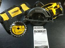 "New Dewalt DCS577B Flexvolt 60 Volt Max 7-1/4"" Brushless Worm Drive Style Saw"