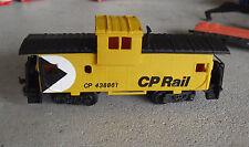 Vintage 1980s HO Scale Bachmann CP Rail CP 438861 Caboose Car