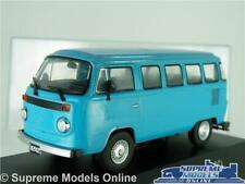 VOLKSWAGEN T2 B MODEL VAN BUS BLUE BAY WINDOW 1982 VW 1:43 SCALE IXO + CASE K8